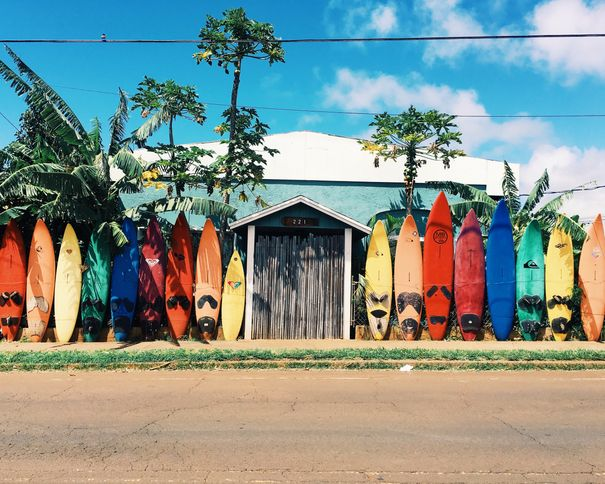 How to choose the best surf camp for your holiday?