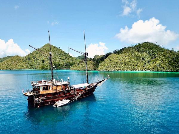 cruise banda sea